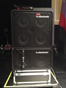 露崎氏ベースアンプ t.c.electronic/RH750①